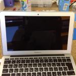 Macの表示不良、線、映らない場合は液晶交換が必要です!