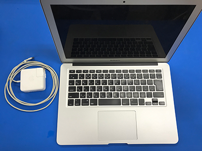 MacBook Air A1466 買取