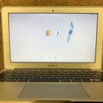MacBook Air 液晶画面ににじみ、表示不良がある修理